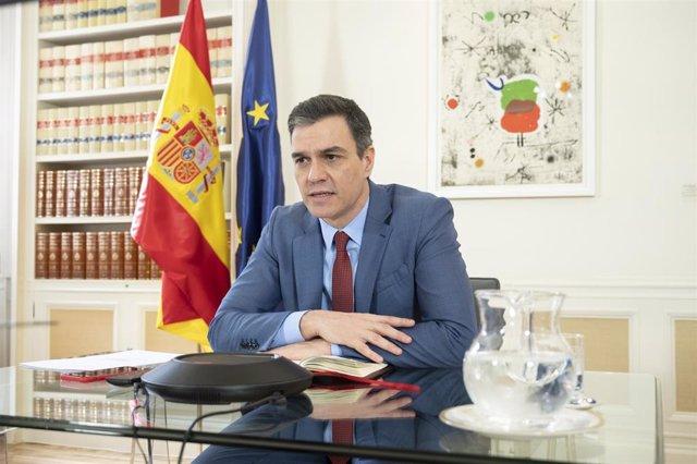 El presidente del Gobierno, Pedro Sánchez, durante una videoconferencia.