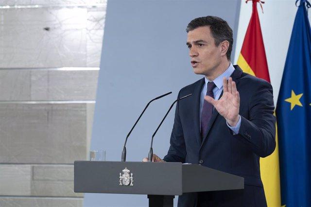 El presidente del Gobierno, Pedro Sánchez, durante una rueda de prensa en el Palacio de la Moncloa, en Madrid (España) a 12 de abril de 2020.