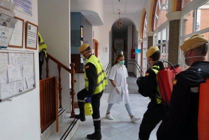 UME realiza trabajos de desinfección en 88 residencias de mayores de 31 municipios de la provincia de Sevilla