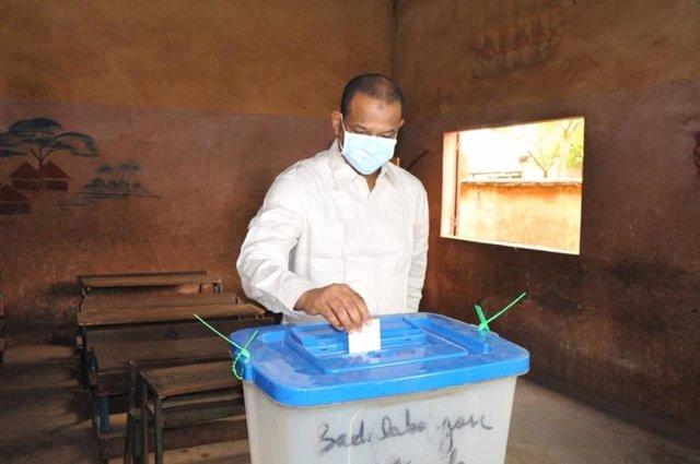 Malí.- El primer ministro defiende la decisión de celebrar las parlamentarias pe