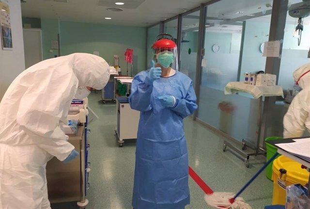El Hospital San Cecilio Pone En Marcha Medidas Para Facilitar La Recuperación De Pacientes Hospitalizados Con Coronavirus, A Través Del Servicio De Medicina Física Y Rehabilitación