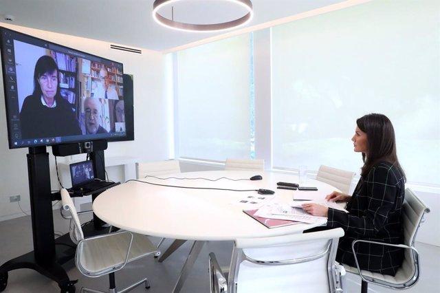 CVirus.- Down España traslada a la Reina por videoconferencia cómo vive el colec