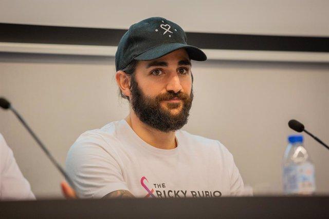 El jugador de la Selecció Espanyola de Balonceso, Ricky Rubio, durant la presentació de la nova sala per a pacients oncològics de l'Hospital Universitari Dexeus, a Barcelona (Espanya), a 18 de setembre de 2019.