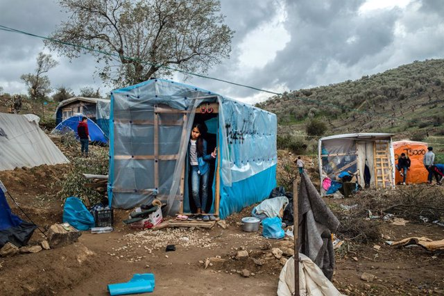 Migrants en un campament de refugiats a la illa de Lesbos, a Grècia