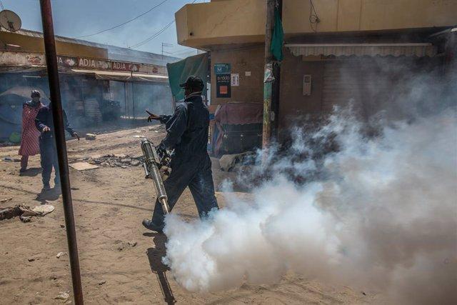 Coronavirus.- El Gobierno de Senegal impone el uso de mascarillas en espacios pú