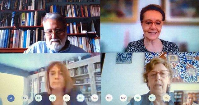 Reunió de la consellera Mariàngela Vilallonga amb entitats de defensa del català