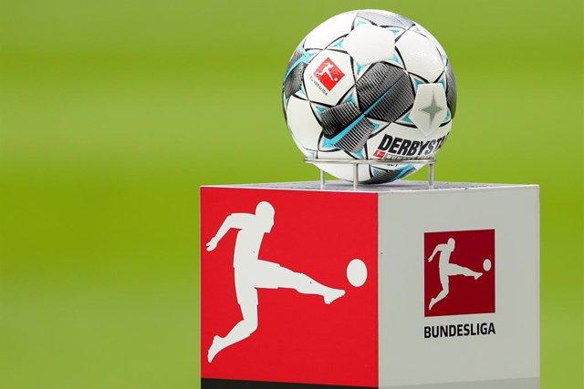 """Fútbol.- La Bundesliga volverá """"a partir del 9 de mayo"""" a puerta cerrada"""