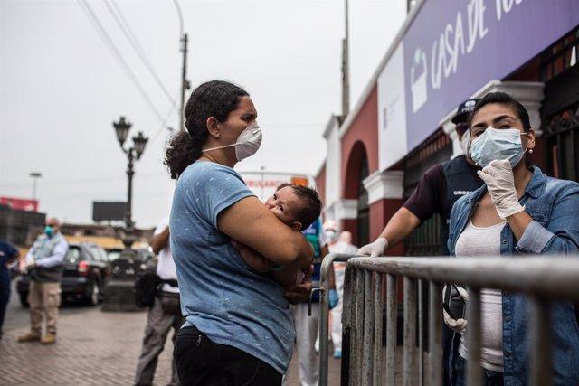 Coronavirus.- Los extranjeros irregulares podrán permanecer en Perú hasta el fin