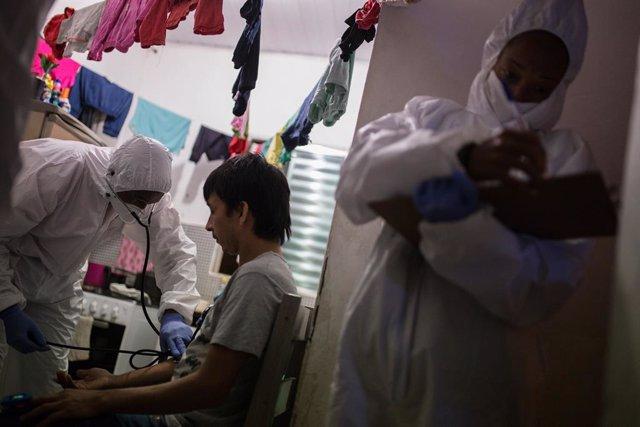 """Coronavirus.- La OPS insta a hacer más test para obtener el """"cuadro completo"""" de"""