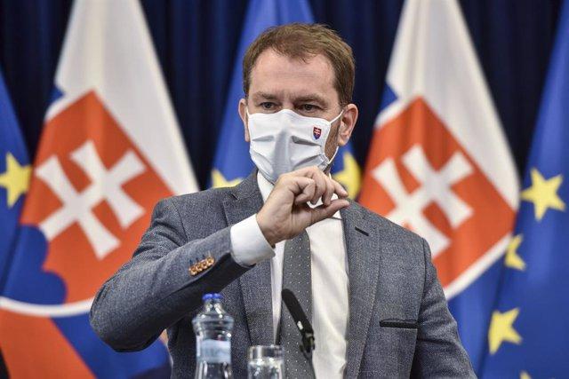 Coronavirus.- Eslovaquia comienza un plan de cuatro fases para reabrir su activi
