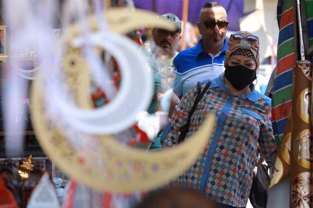 Un mercat de Bagdad durant la pandèmia de coronavirus