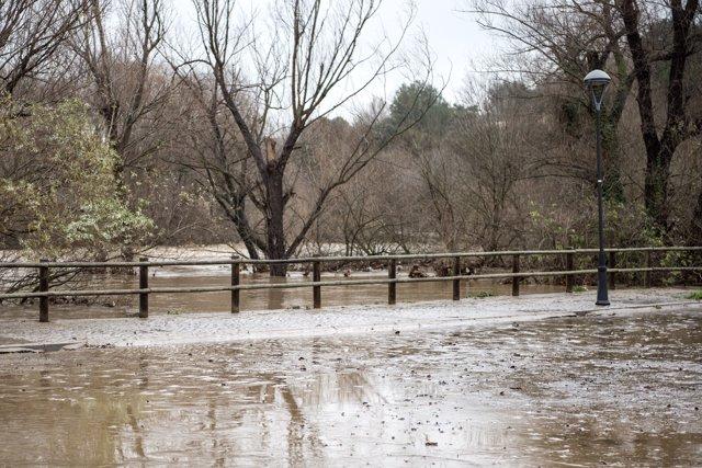 El rio Ter se desborda debido a las fuertes lluvias que ha dejado la borrasca 'Gloria', en Girona /Catalunya (España), a 22 de enero de 2020.