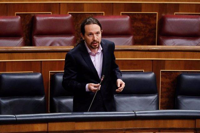 El vicepresidente segundo del Gobierno, Pablo Iglesias, interviene durante la primera sesión de control al Ejecutivo
