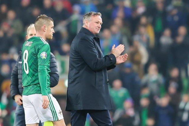 Fútbol.- Michael O'Neill abandona el banquillo de Irlanda del Norte