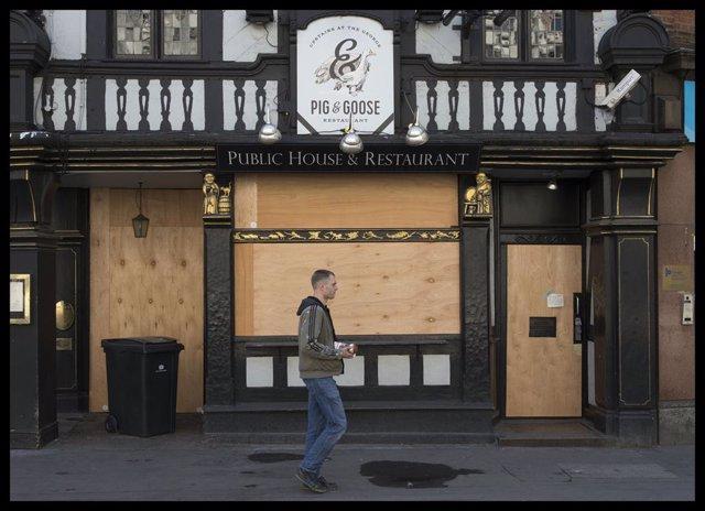 Bar cerrado en Londres