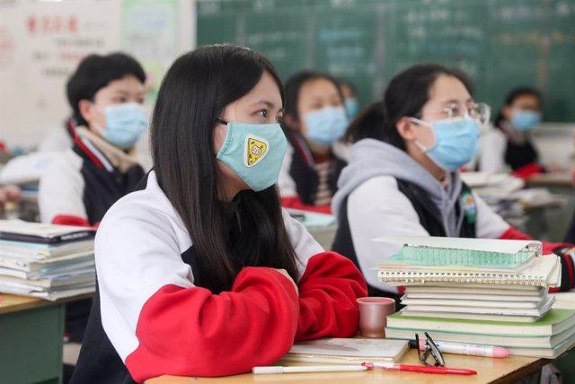 Coronavirus.- China registra cuatro nuevos casos de Covid-19 de transmisión loca