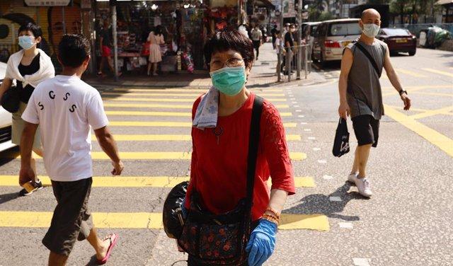 Coronavirus.- Hong Kong baraja designar instalaciones permanentes para cuarenten