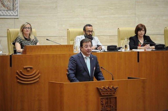 El presidente de la Junta de Extremadura, Guillermo Fernádez Vara