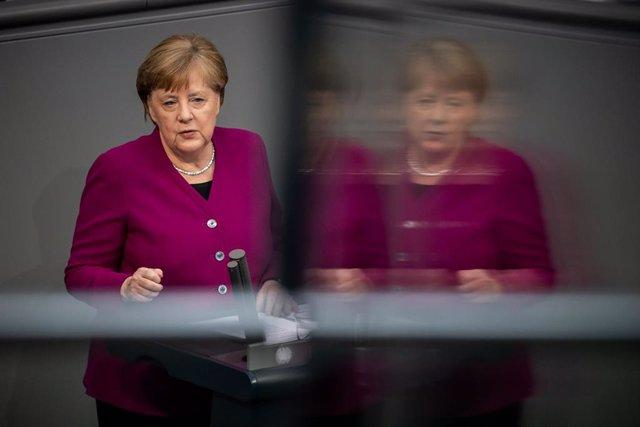 Angela Merkel intervé al Bundestag