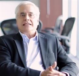 El director general de Genomma Lab, Jorge Braker