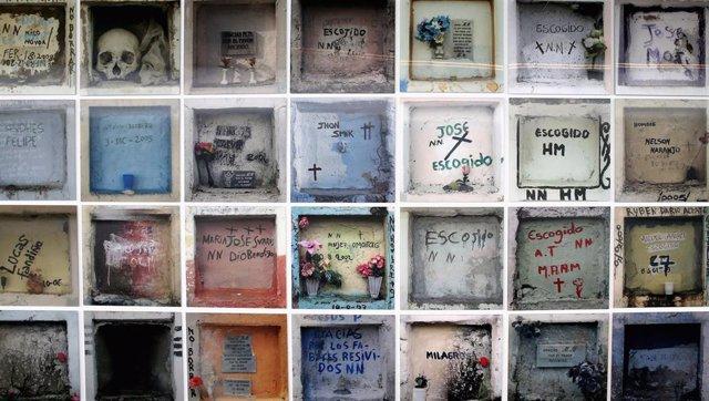 Nichos en un cementerio de Bogotá (Imagen de archivo)