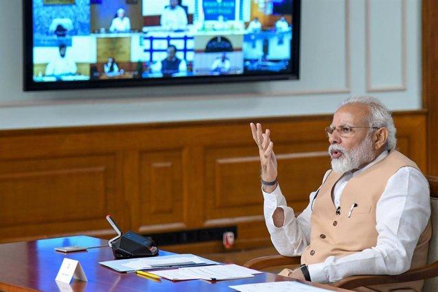 "Coronavirus.- El primer ministro de Singapur promete a Modi ""cuidar"" a los traba"