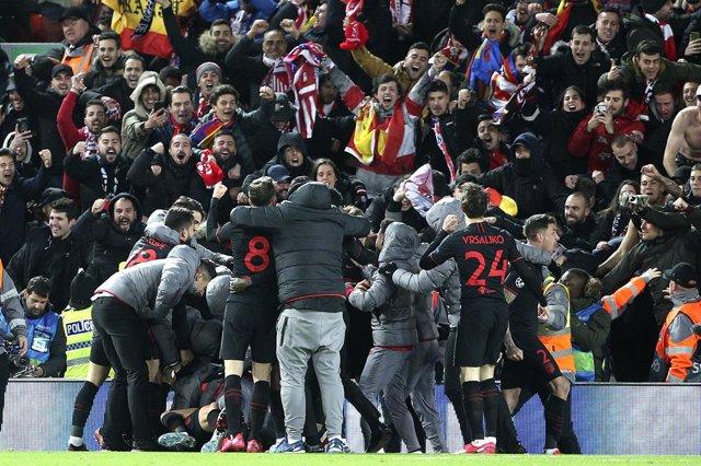 Fútbol/Champions.- El alcalde de Liverpool pide investigar si el aumento de cont