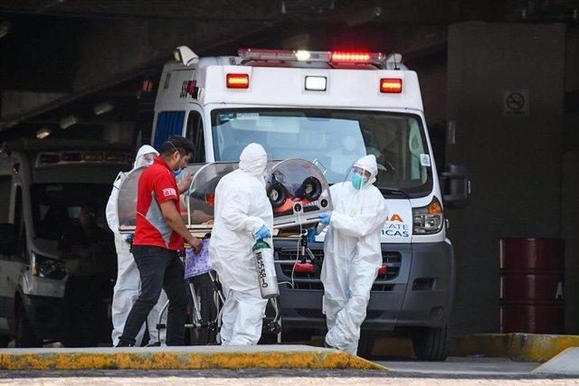 Trabajadores de un hospital de Ciudad de México.