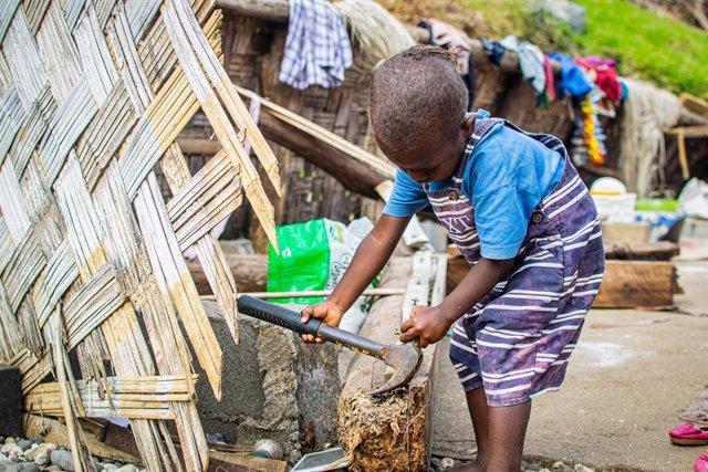 Clima.-UNICEF alerta de la situación de cientos de miles de niños por el paso de