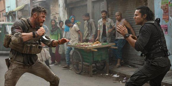 2. Así se rodó la secuencia más brutal de Tyler Rake, lo nuevo de Chris Hemsworth en Netflix