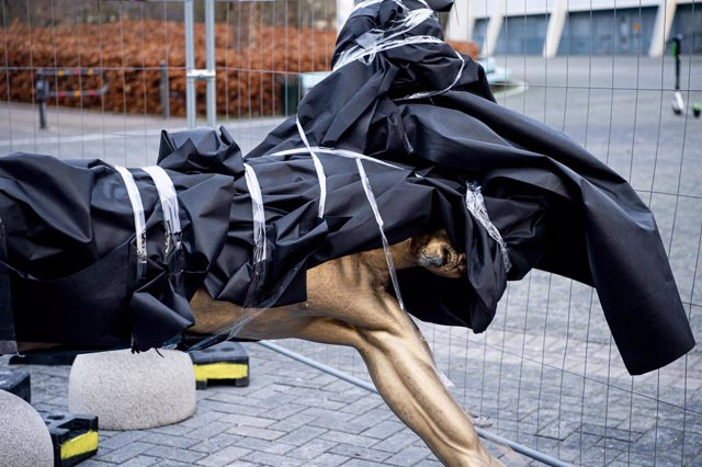 """Fútbol.- Ibrahimovic: """"La estatua ha desaparecido, pero mi historia permanecerá"""