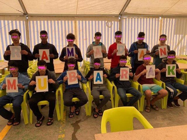 Un grupo de menores acogidos en el centro de Melilla