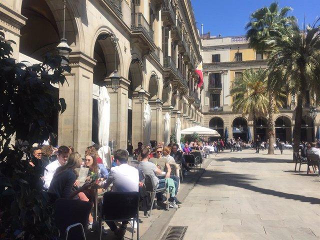 Terrasses a la plaça Reial de Barcelona