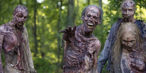 1. The Walking Dead: Robert Kirkman niega que el origen del virus zombie sea extraterrestre