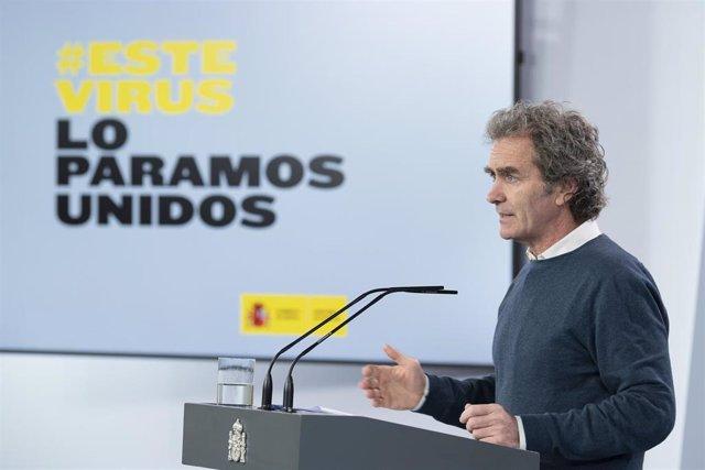 El director del Centro de Coordinación de Alertas y Emergencias Sanitarias del Ministerio de Sanidad, Fernando Simón, comparece en rueda de prensa. En Madrid (España) a 26 de abril de 2020.