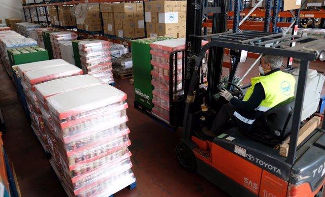 Mercadona da 43.750 kilos de productos de primera necesidad al Banco de Alimento