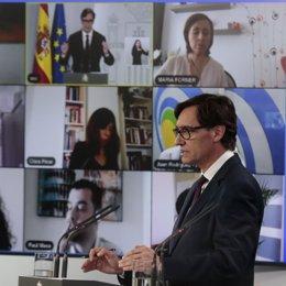 El ministro de Sanidad, Salvador Illa, durante una rueda de prensa para explicar las últimas medidas frente al coronavirus, en Madrid (España) a 27 de abril de 2020.