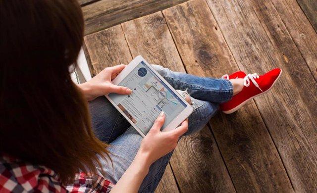 Recursos i canals d'informació als joves durant el període de confinament