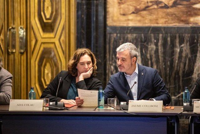 L'alcaldessa de Barcelona, Ada Colau i el primer tinent d'alcalde de Barcelona, Jaume Collboni, durant la reunió amb agents econòmics després de la cancel·lació del Mobile World Congress, a Barcelona (Catalunya / Espanya), a 14 de febrer de 2020.