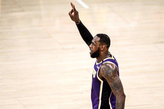 Baloncesto/NBA.- La NBA permitirá entrenamientos individuales en ciudades sin re