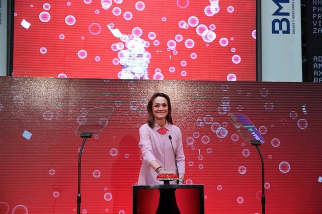 Sol Daurella, la presidenta de Coca-Cola European Partners, en la salida a bolsa de la compañía