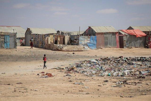 DDHH.- Conflictos y desastres dejan un récord de 50,8 millones de desplazados en