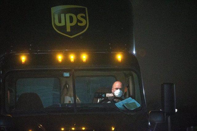 EEUU.- UPS reduce un 13% su beneficio en el primer trimestre, hasta 886 millones