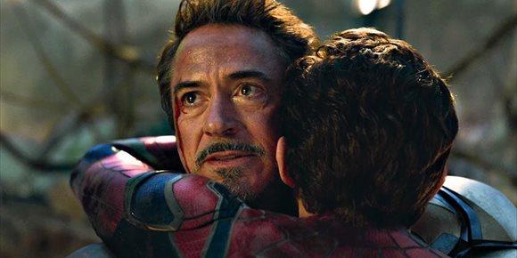 2. Emotivo adiós de Robert Downey Jr (Iron Man) en su último día de rodaje en Vengadores: Endgame