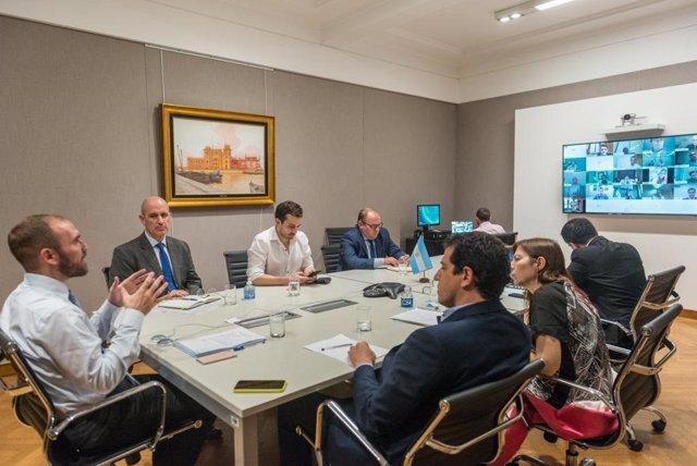 El ministro de Economía de Argentina, Martín Guzmán, en una reunión del Consejo Federal de Responsabilidad Fiscal