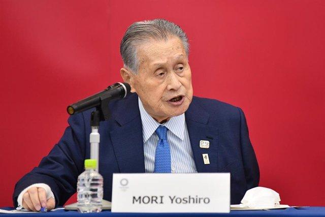 Yoshiro Mori durante una videoconferencia con el Comité Olímpico Internacional