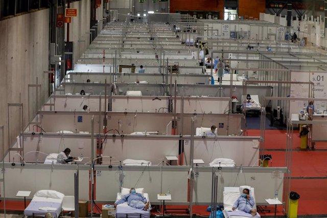Pacientes en las camas del Pabellón 9 del hospital de campaña de IFEMA.