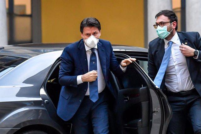 Coronavirus.- Italia supera la barrera de los 200.000 contagios y suma otros 382