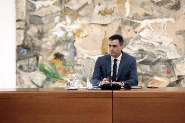 El presidente del Gobierno, Pedro Sánchez, preside la reunión del Comité Técnico de Gestión del Covid-19, en el Palacio de la Moncloa, en Madrid (España) a 27 de abril de 2020.