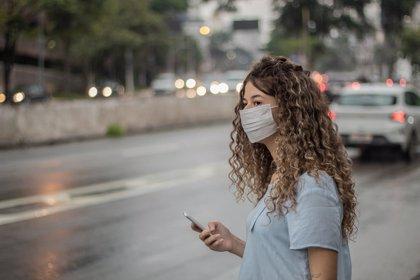 El uso de mascarillas en pacientes alérgicos disminuye el consumo de medicamentos de rescate